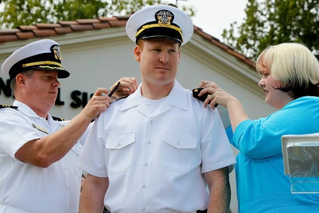 Donate your LTJG Shoulder Boards to New Grads